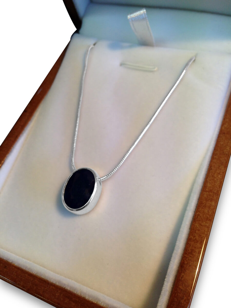 Gallery Necklace Sapphire